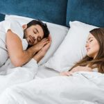 Cosleeping: dormire insieme, ma a pagamento