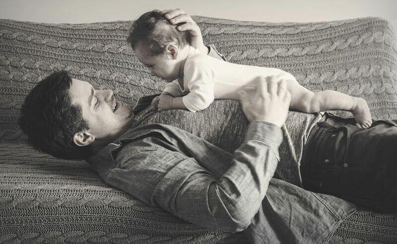 Società senza padri